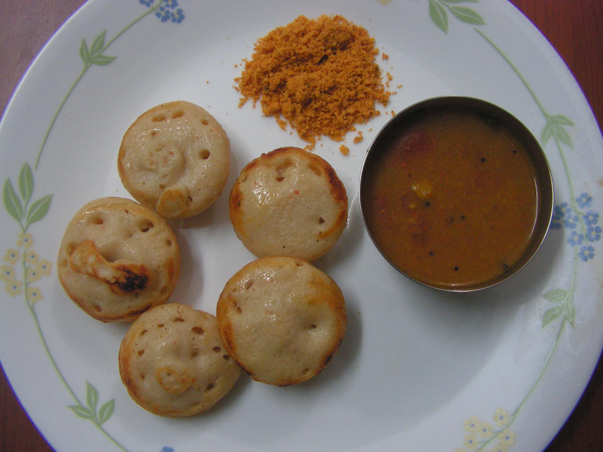 Ready to serve mixed dal appam with sambar & chutney powder